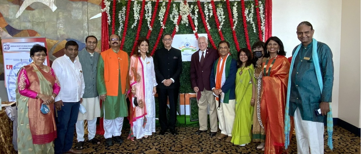 Consul General joined Congressman  Al Green ,Mayor of Houston Sylvester Turner  and other dignitaries in the Celebration of 75th Independence Day of India at the event organized by the India Culture Centre, Houston on August 15, 2021